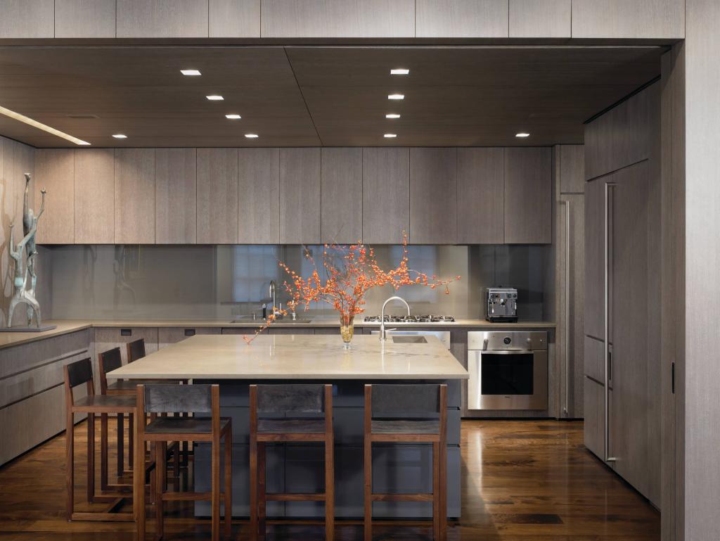 Блог стекло на стенах кухни